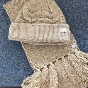 Anne Klein scarf & hat set